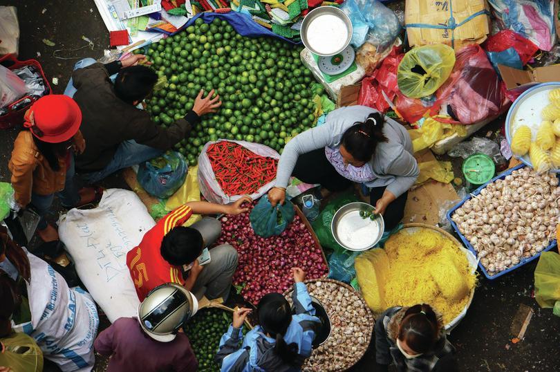Mercato ortofrutticolo, Da Lat, Vietnam: Hoxuanhuong/Dreamstime.com, https://goo.gl/mjvVuc